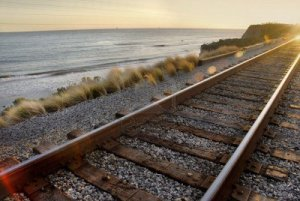 2429740-railroad-tracks-overlooking-the-pacific-ocean