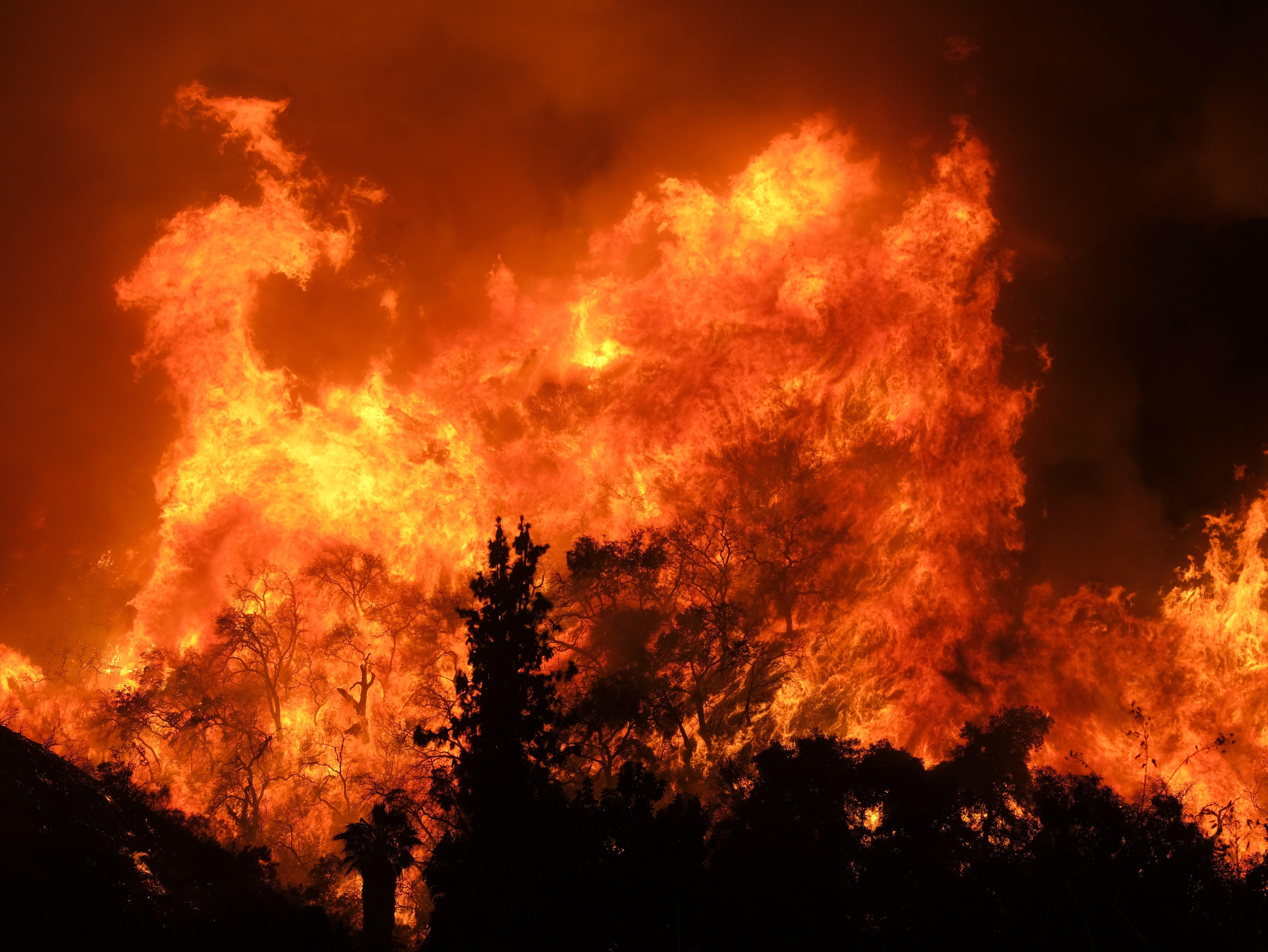 california_wildfires_65950626-e1534163580369